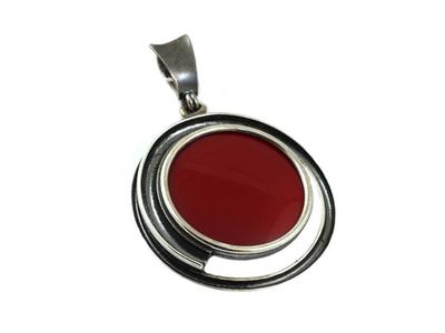 Wisiorek kwarc czerwony